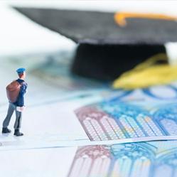Combien gagnez-vous en plus avec un diplôme d'études supérieures ?