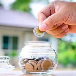 5 conseils pour économiser et profiter de la vie