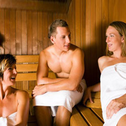 Vidéo : nu(e) avec vos collègues dans un sauna ?