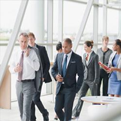 5 conseils pour organiser efficacement une réunion en mouvement