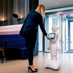 Avoir un robot comme collègue : comment vous sentiriez-vous ?