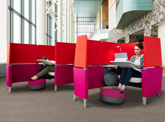 5 futuristische kantoordesigns welke is jouw favoriet for Bureau futuriste